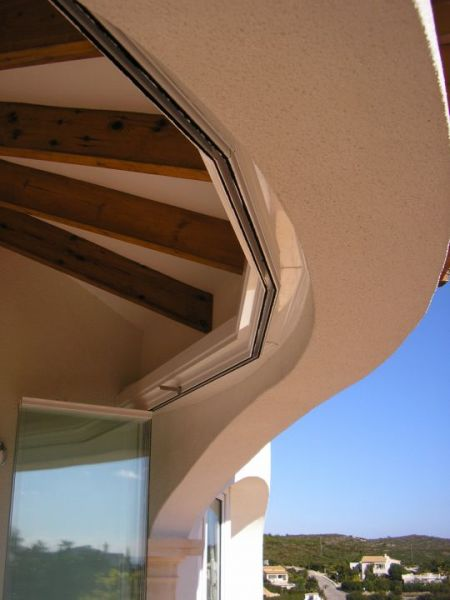 Glass Curtains installation in Cumbre del Sol (curved terrace)