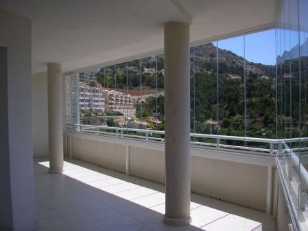 Glass curtains installation in Altea Hills. (Alicante North)